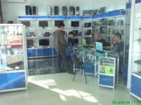 Обзавеждане на магазини за компютри